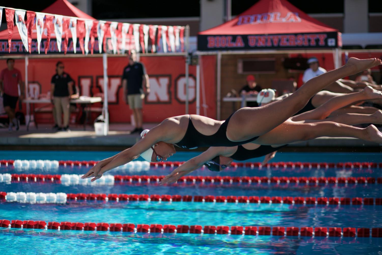 Swim and dive breaks records in the three-day Collegiate Winter Invite.