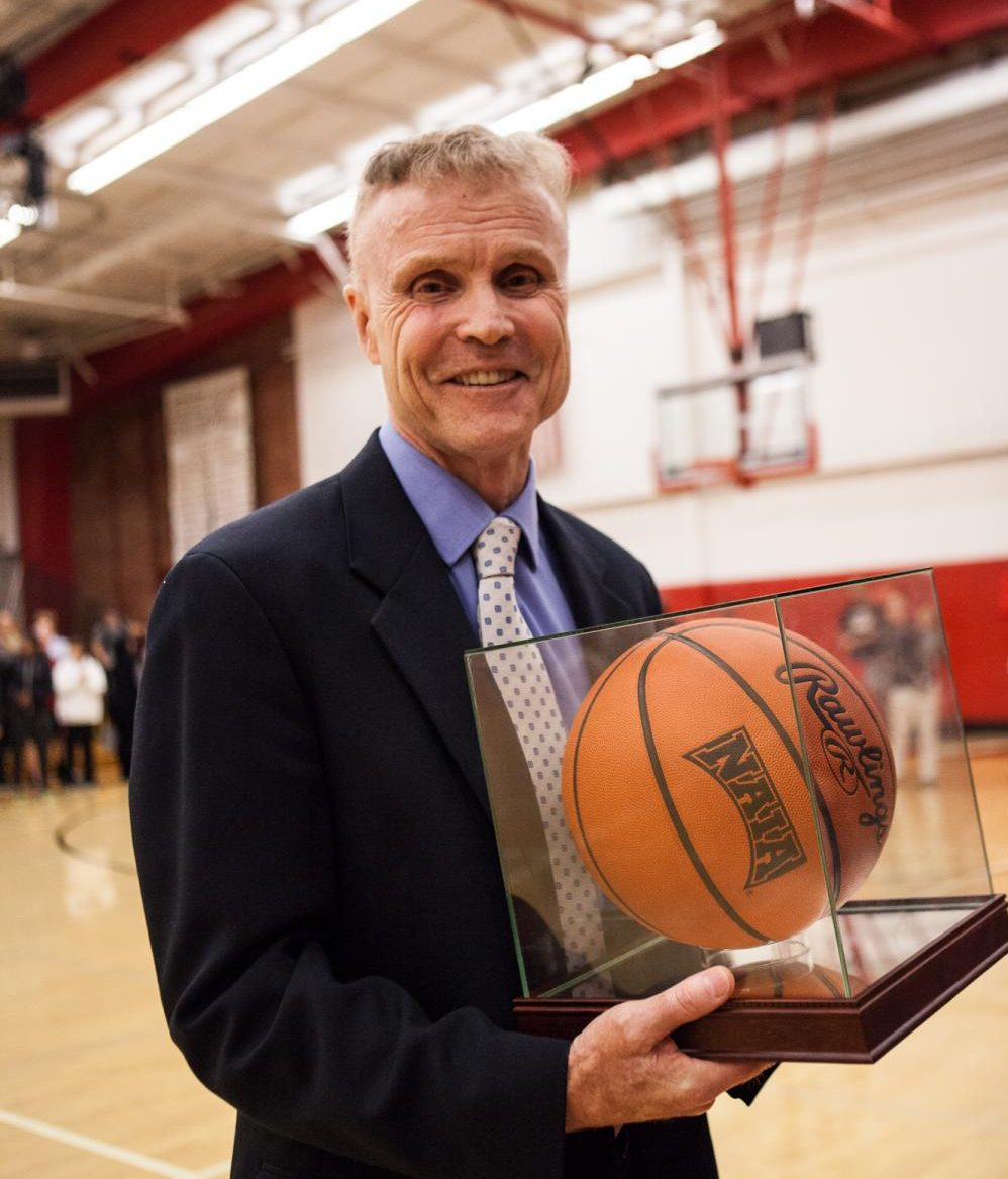 Biola men's basketball coaching legend Dave Holmquist looks to reach over 1,000 wins in his 40th year with the Eagles.