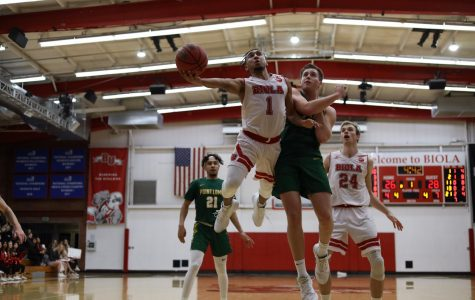 Men's basketball chokes against Point Loma