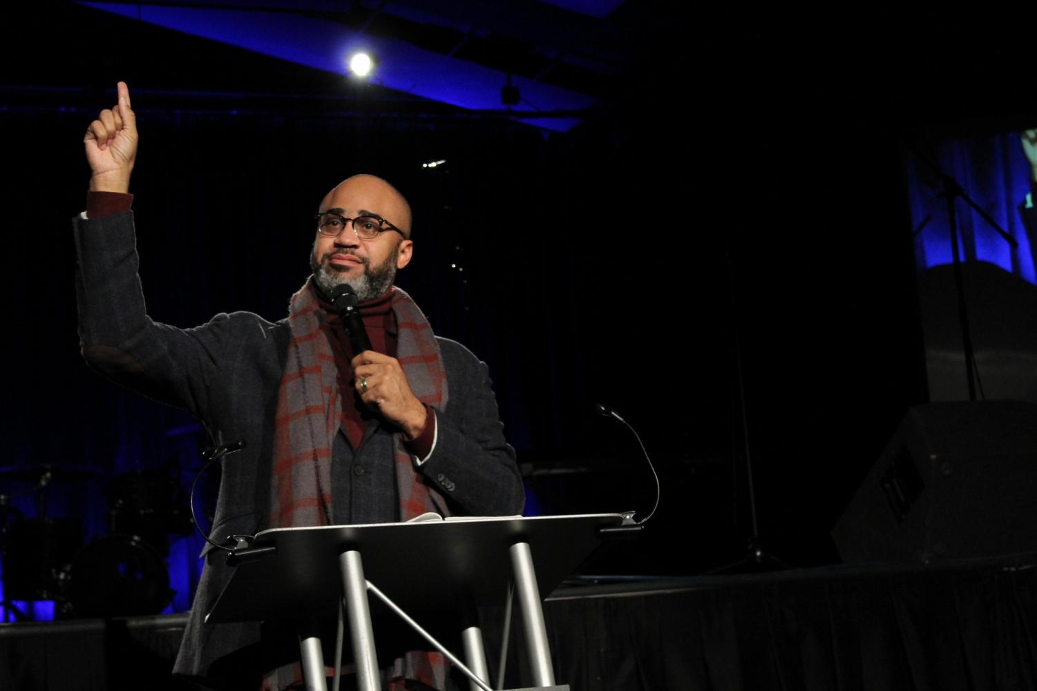 Pastor Albert Tate speaks on racial diversity and change at the 2020 MLK chapel.