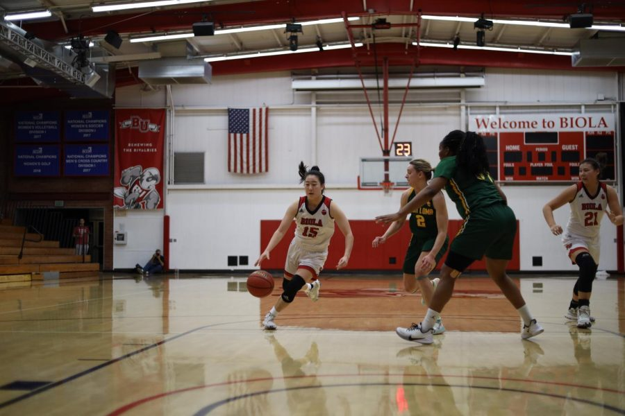 Women's basketball's fifth season loss