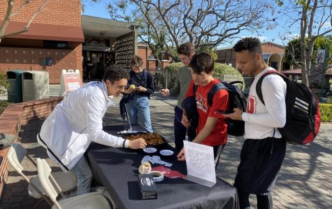 Students vote for SGA and SMU candidates after election chapel.