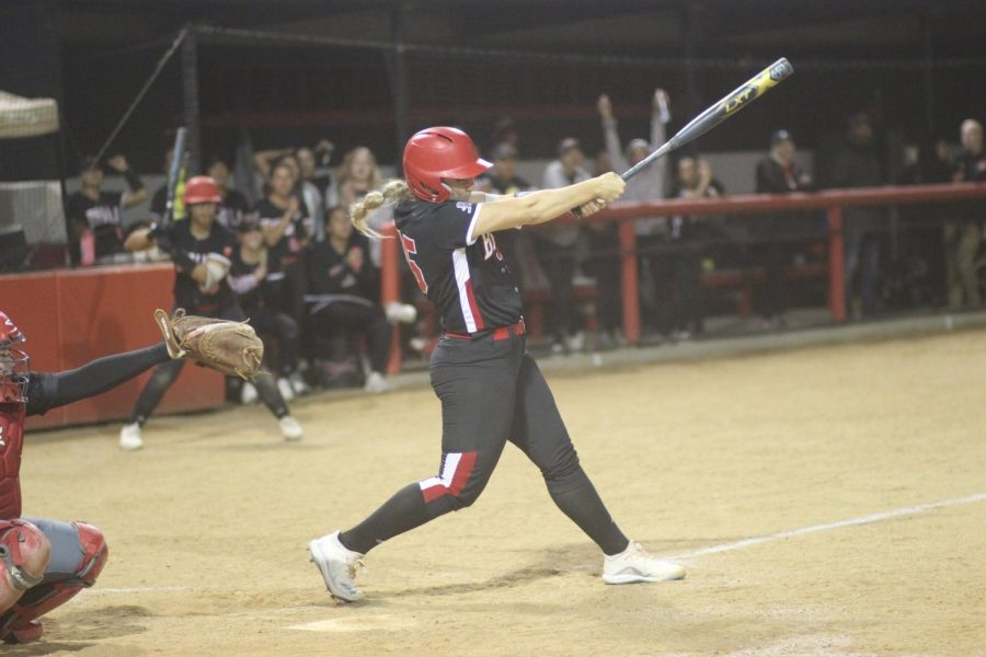 Biola softball takes doubleheader in home opener