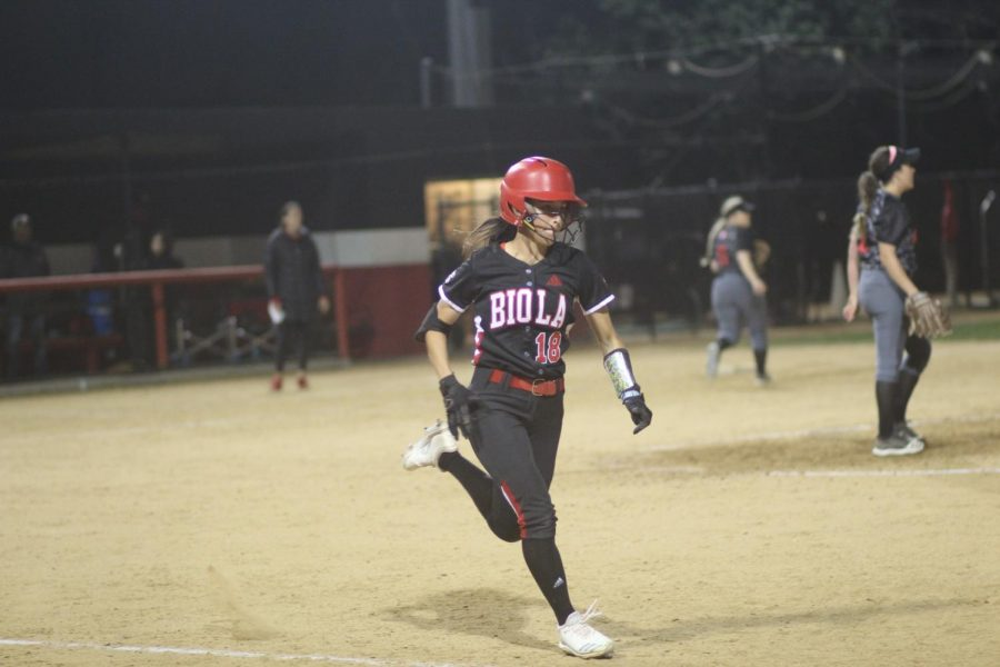 Softball goes on a three-game winning streak