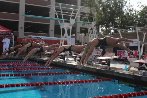 Swim and dive celebrates senior night during meet against Concordia University Irvine