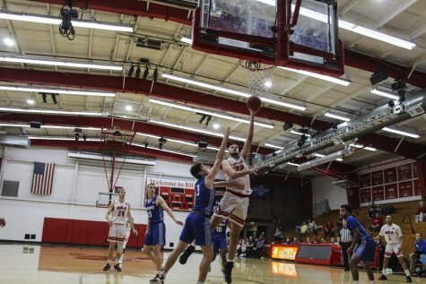 Men's basketball falls short to Azusa