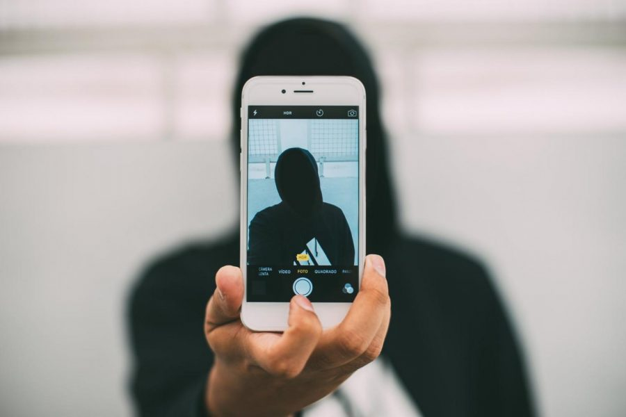 Anonymous social media fosters non-confrontation
