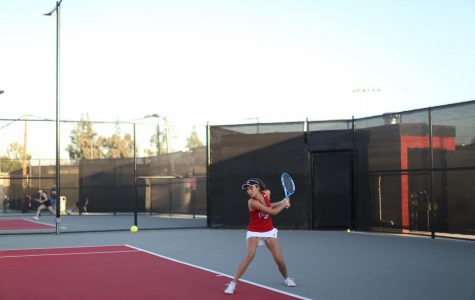 Sophomore Ines Diaz Gomez prepares to hit the ball.
