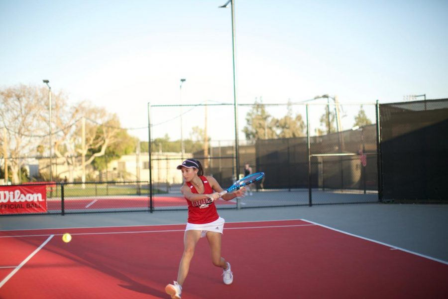 Women's tennis takes another tough loss