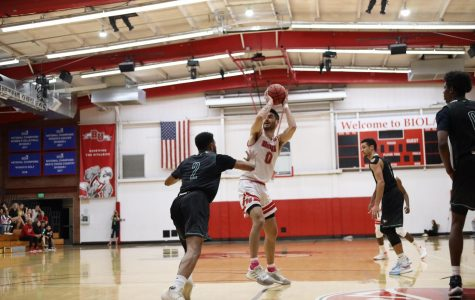 Men's basketball shines as runners-up at PacWest conference tournament