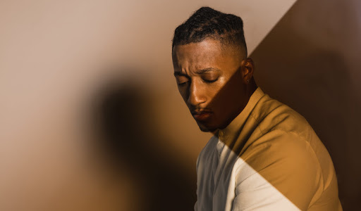 Lecrae brings snappy beats and meaningful messages