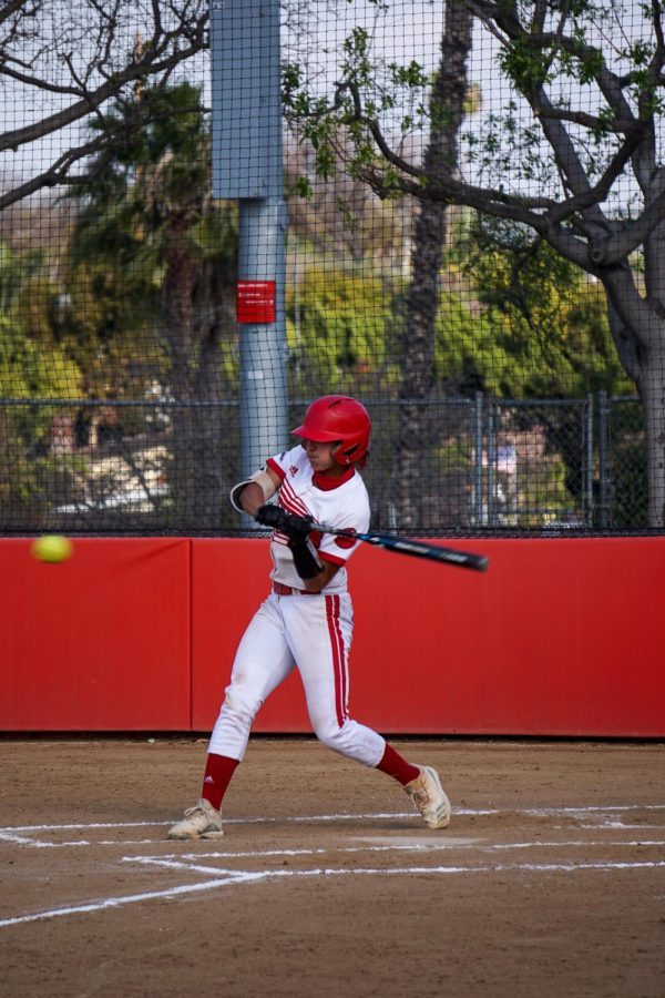 #7 junior Ruth Munoz batting against CUI.
