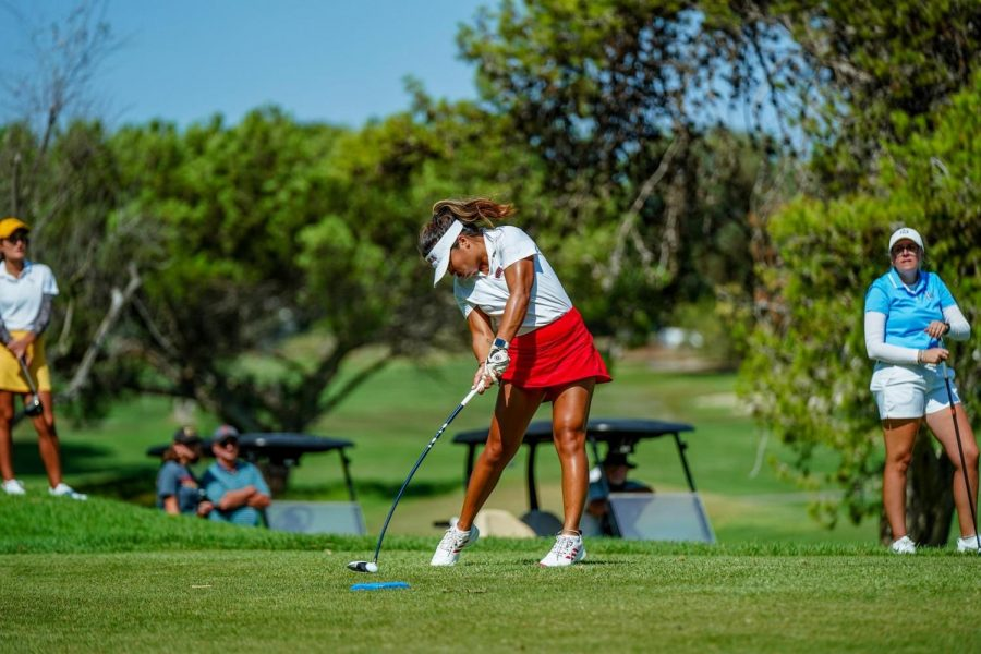 Women's golf tie for 2nd place at the PLNU Sea Lion Invite