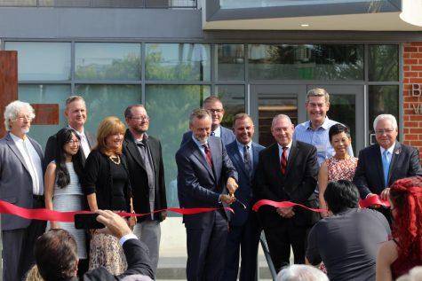 Biola dedicates new art building