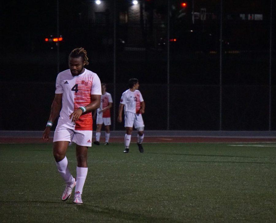 Men's soccer tramples the Toros