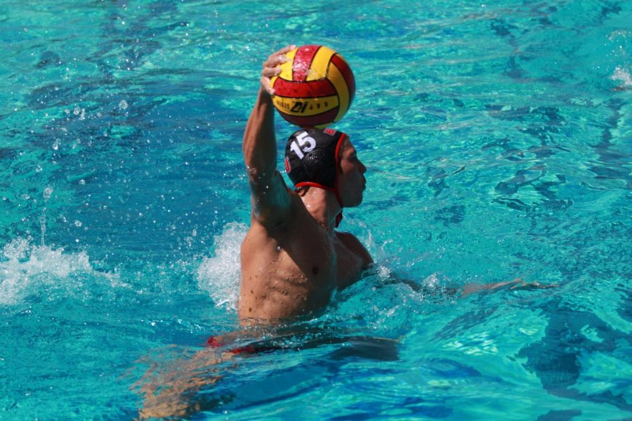 Men's water polo add another loss to the season