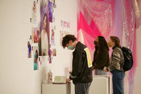 Bardwell Hall and Green Art Gallery host two new alumni exhibitions