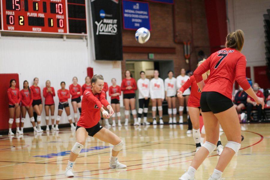 Volleyball starts a losing streak